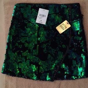 Forever 21 Short Sequin Skirt sz S